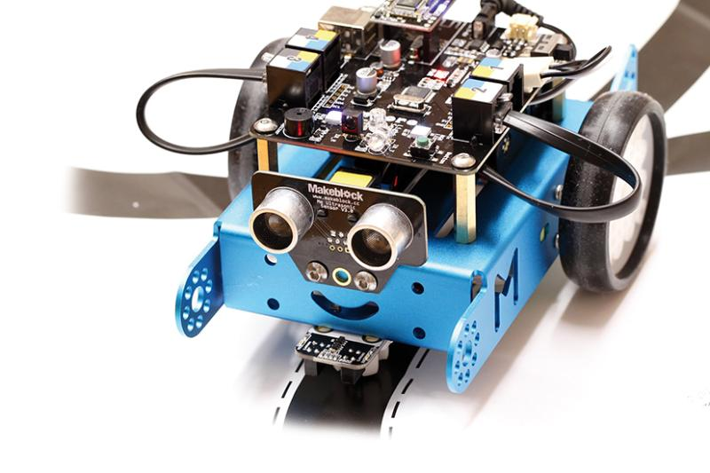 Los centros educativos de Pinto contarán con nuevo material de robótica