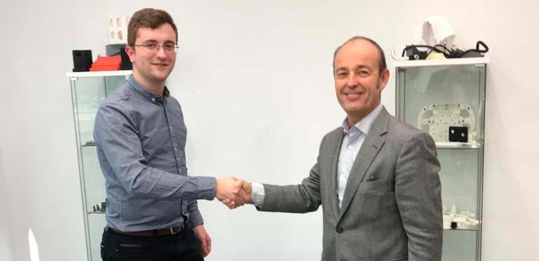 Acuerdo de colaboración entre RobotPlus y Aenium Engineering