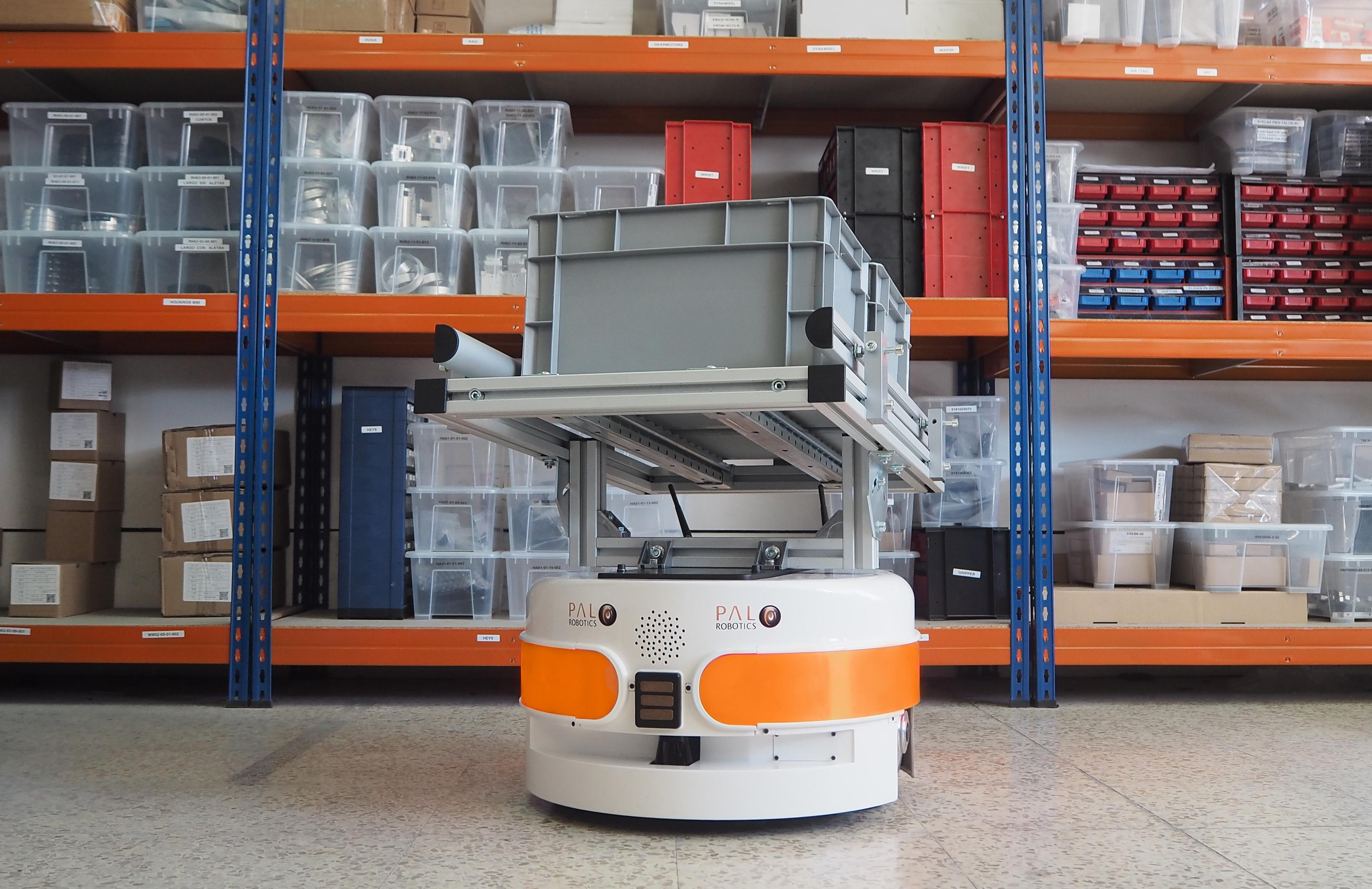 PAL Robotics: Robots móviles, aplicados en logística y control de stock