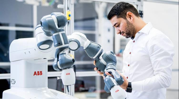 ROBOTECH: Startup days con ABB