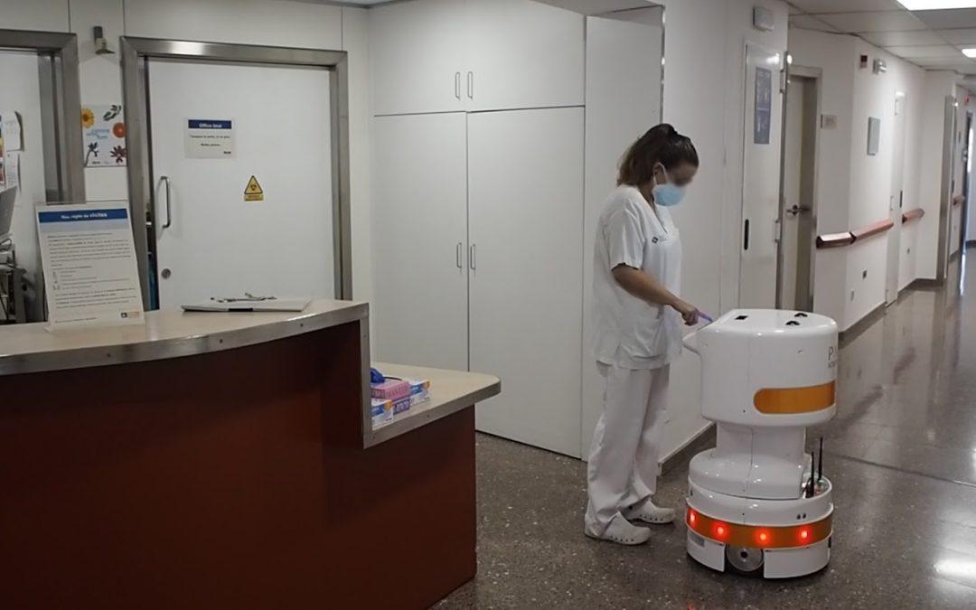 Desarrollan dos robots móviles para su uso como asistentes en hospitales repartiendo bandejas de comida o materiales al personal sanitario