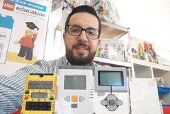 Entrevista a Ricardo Muñoz, Coordinador del G. T. de Robótica Educativa de HispaRob