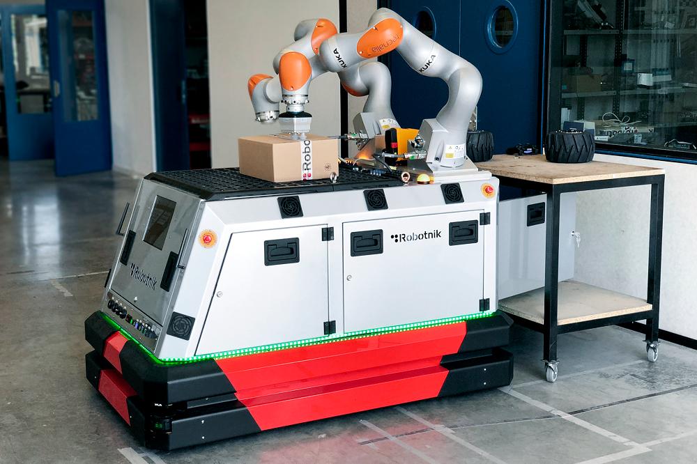 Nuevo manipulador móvil bibrazo de Robotnik para aplicaciones industriales: RB-ROBOUT