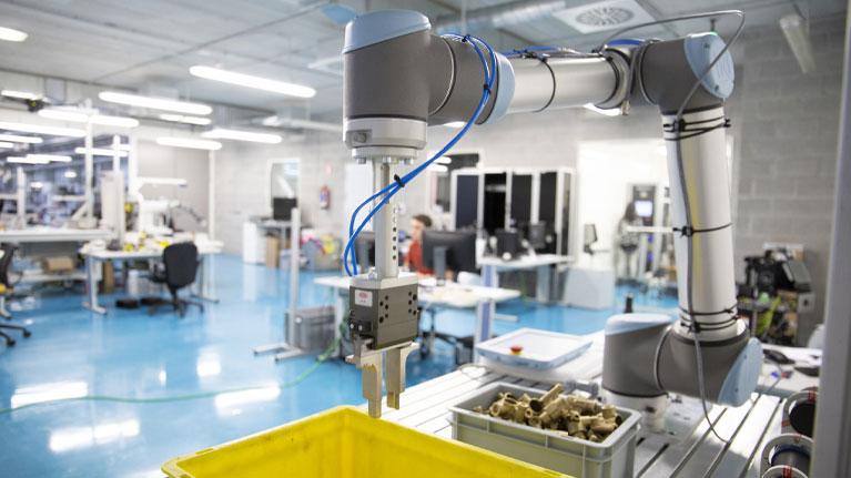 """Webinar""""Robot-based order preparation in logistics: Technological overview"""""""