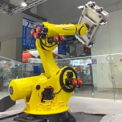 Nuevo robot Fanuc M-1000iA ofrece una carga útil en la muñeca de 1000 Kg